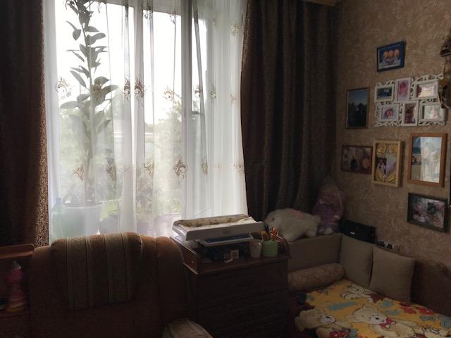 Комната в общежитии в районе ост.Молодежная